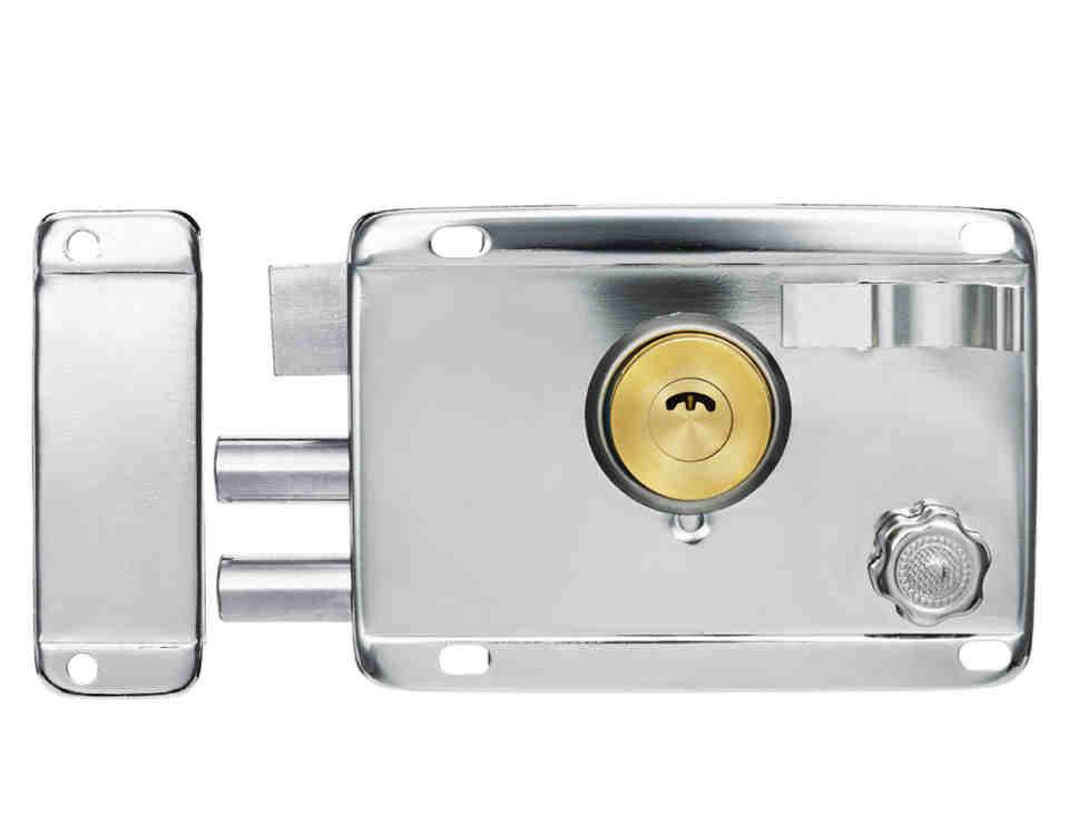 cerradura seguridad 202 960x750 - Las mejores bombines y cerraduras de seguridad