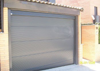 Puertas-de-Garaje-Seccionales_alicante