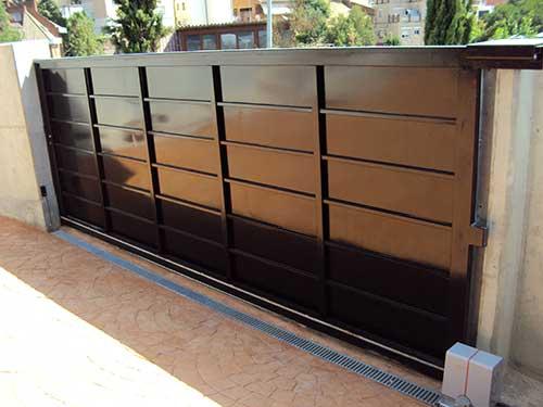 puertas de garage alicante - Instalación y Reparación Puertas de Garaje Correderas Basculantes Enrollables Seccionales Alicante